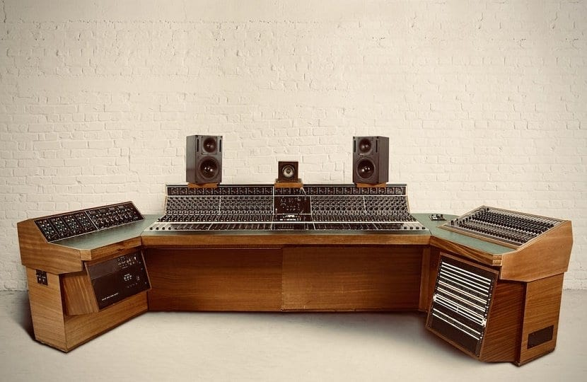 Led Zeppelin's Recording Console
