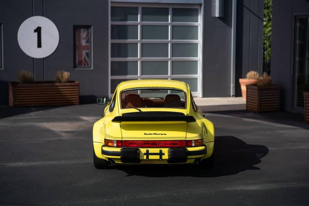 Vintage Porsche 911 Carrera